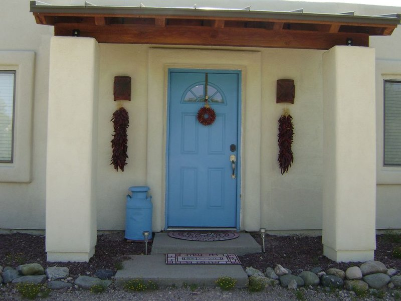 For the ultimate in Social Distancing, we are located on 3.3 desert acres., holiday rental in Tucson