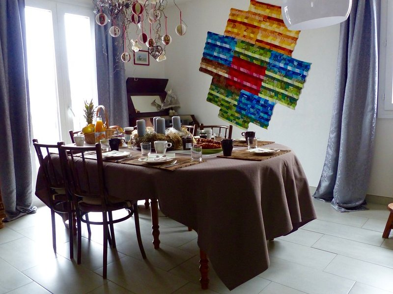 Maison confortable au pied du vignoble en Alsace près de Colmar, holiday rental in Trois-Epis