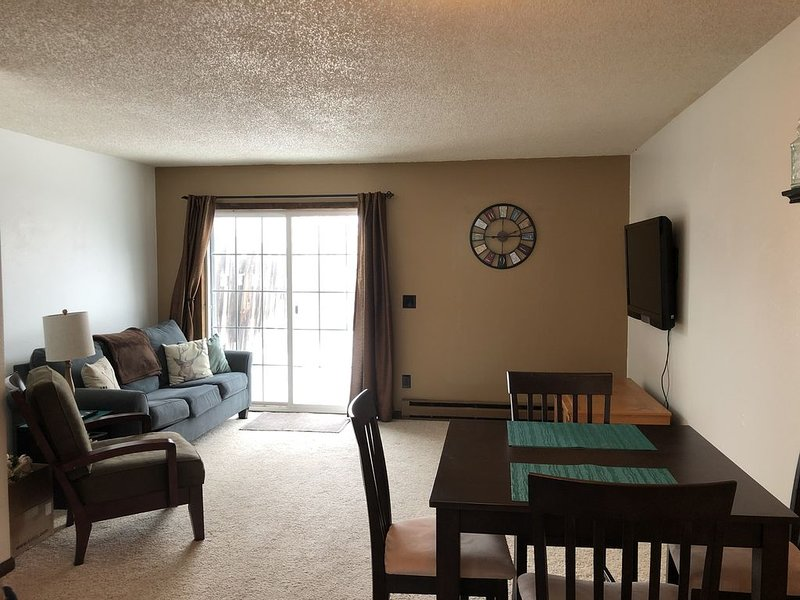 Clean and comfortable townhouse on the south side of Sheridan, Wyoming., holiday rental in Sheridan