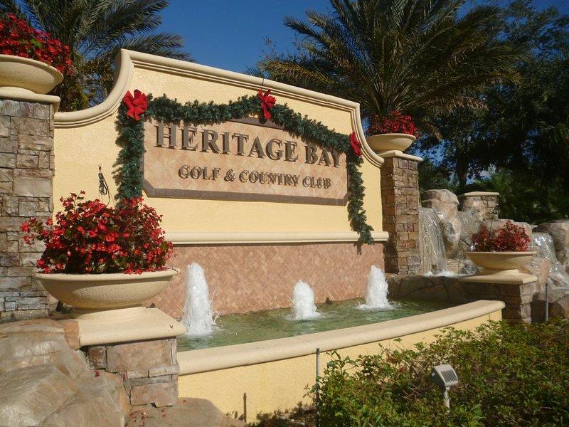Resort Style Development, Golf, Tennis,Pools,Dining, Bar, Biking,WalkingTrails., vacation rental in Golden Gate