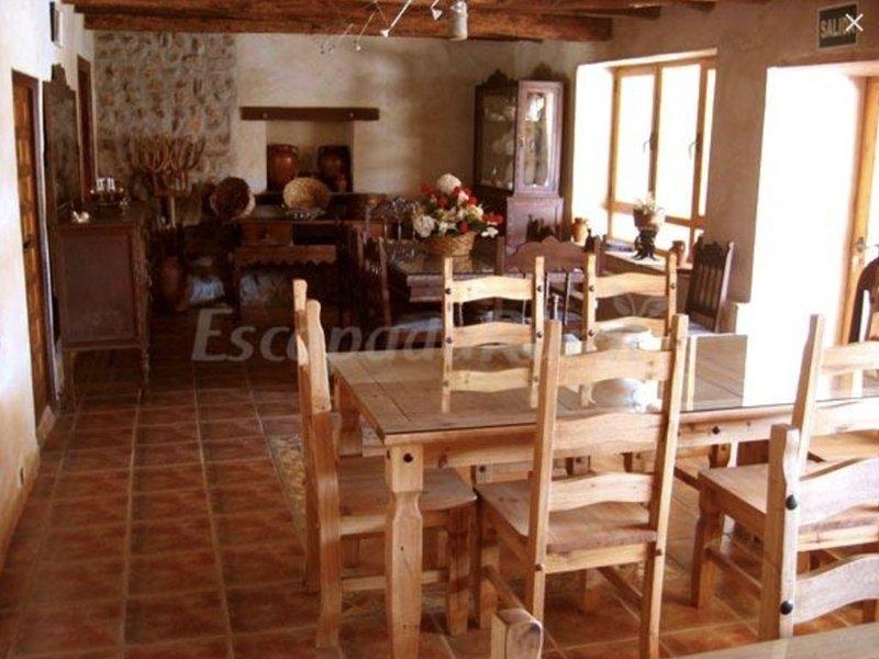 Casa Rural Arzobispo Mayoral (Molacillos), vacation rental in Zamora