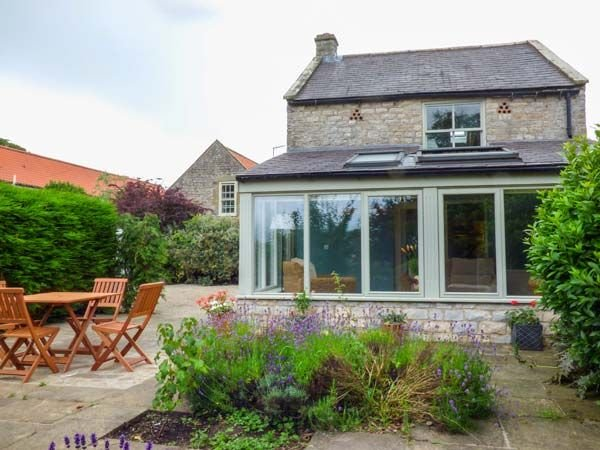 The Granary, APPLETON-LE-MOORS, holiday rental in Cropton