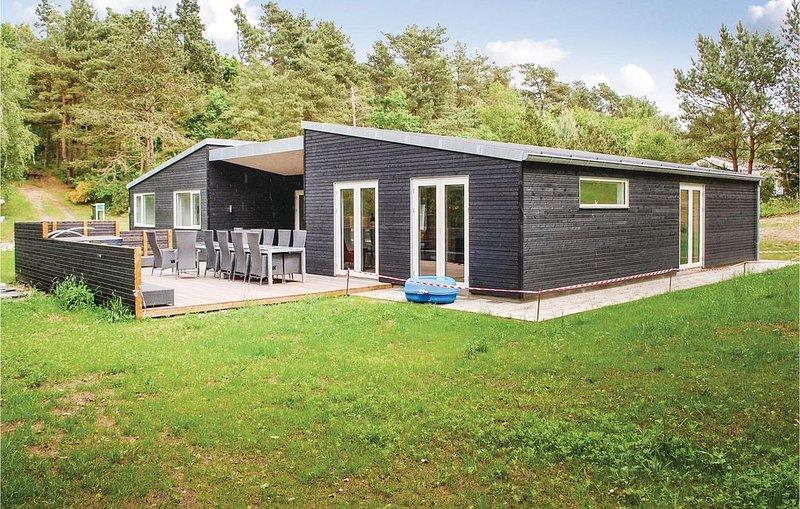 6 Zimmer Unterkunft in Ebeltoft, location de vacances à Femmoeller