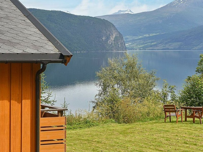 4 star holiday home in Utvik, casa vacanza a Olden
