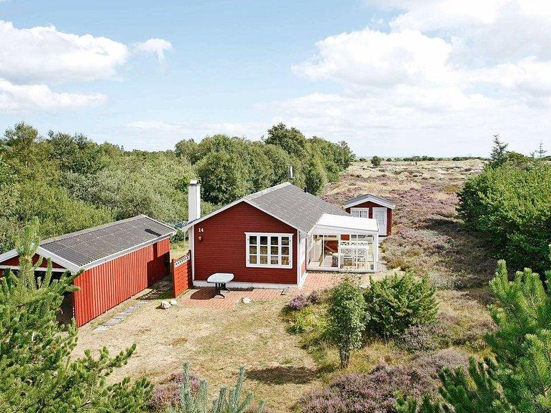 Spacious Holiday Home in Albæk Jutland with Sea View, alquiler vacacional en Kandestederne