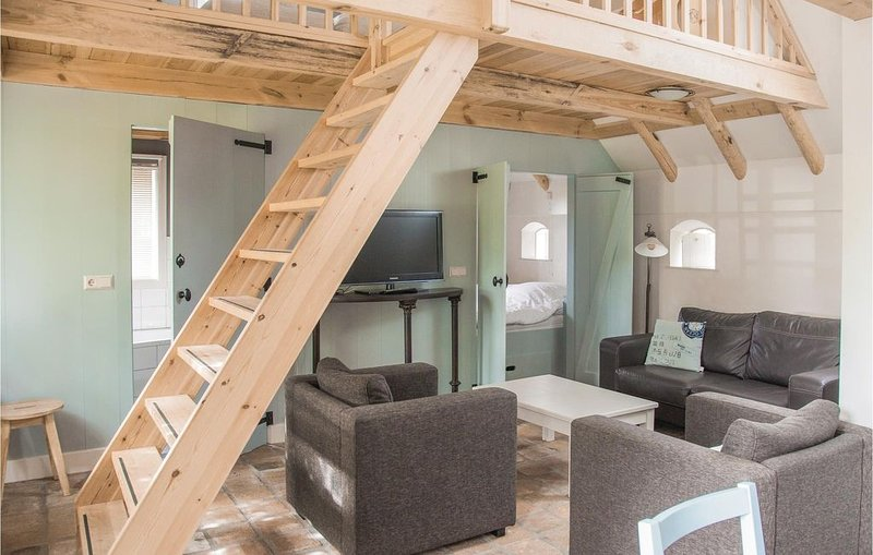 2 Zimmer Unterkunft in Wijdenes, vacation rental in Warder