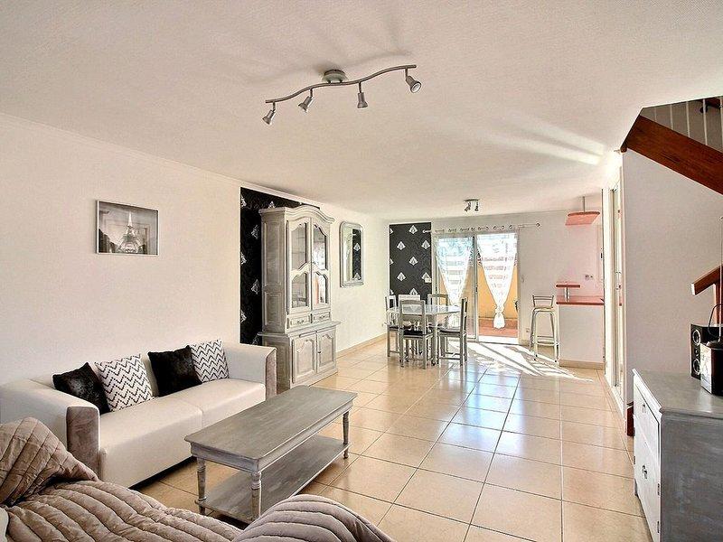 Dans un quartier tranquille, maison pour 8 personnes, proche mer et commerces Ré, holiday rental in Valras-Plage