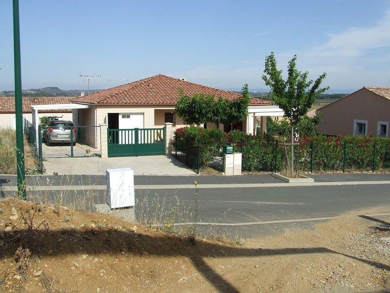 villa indépendante, avec terrasse et jardin / 6 a 8 p. proche des plages, location de vacances à Lespignan