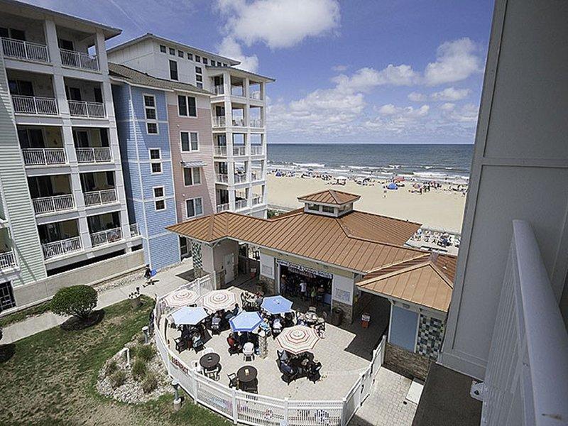 Beautiful 2 bedroom beach condo! Sleeps 8, alquiler de vacaciones en Virginia Beach