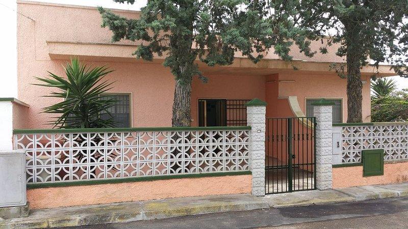Villa With Sea Views Near Porto Cesareo, casa vacanza a Villaggio Boncore