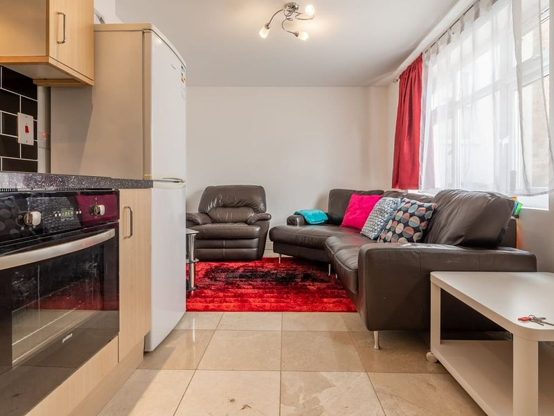 Yobel Jubilee 1 Bed Apartment-Luton station, location de vacances à Luton