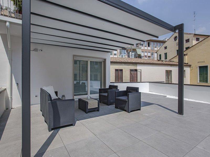 C-Apartment Zabarella luxury terrace, holiday rental in Legnaro