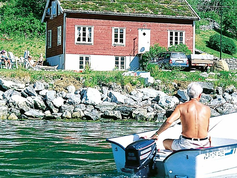6 person holiday home in Norddal, holiday rental in Sykkylven Municipality