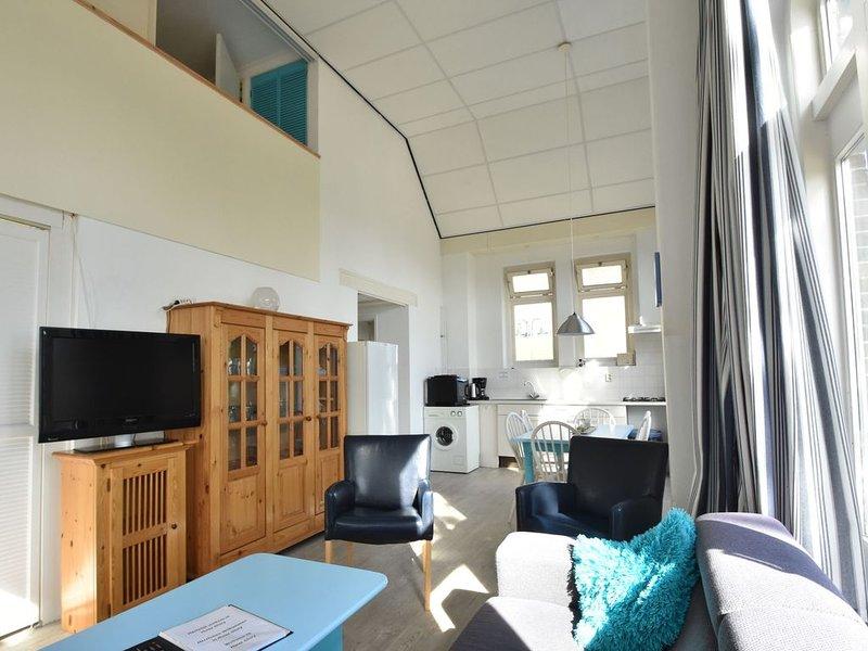 Quaint Holiday Home in Bergen aan Zee near Sea, holiday rental in Bergen aan Zee