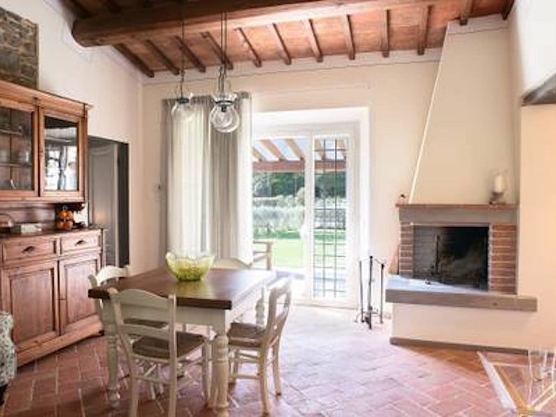 Charming Cottage in the heart of Tuscany, holiday rental in Poggio a Caiano