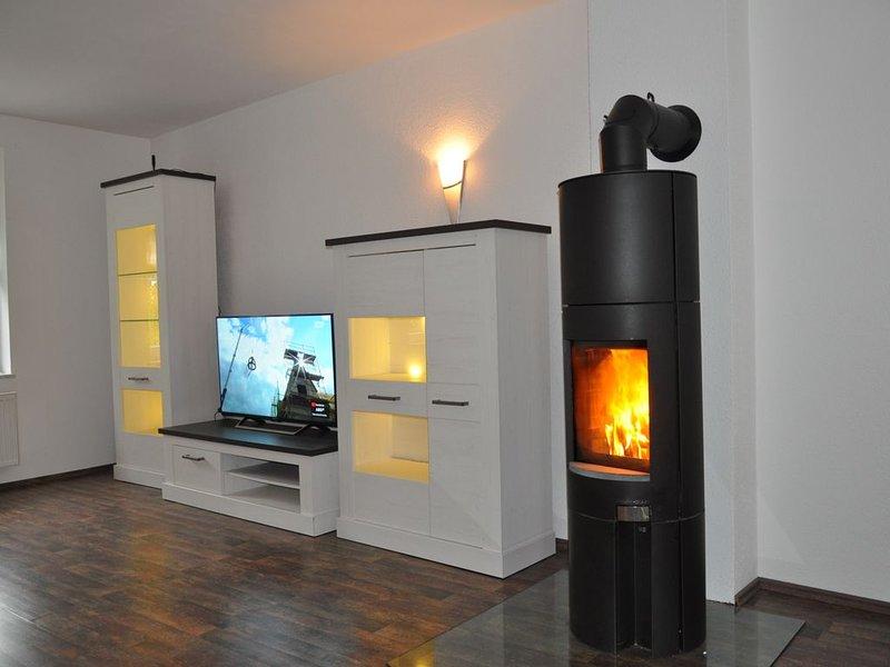 Moderne 120m² Haushälfte, zentrale Lage, bis zu 10 P., aluguéis de temporada em Lutherstadt Eisleben