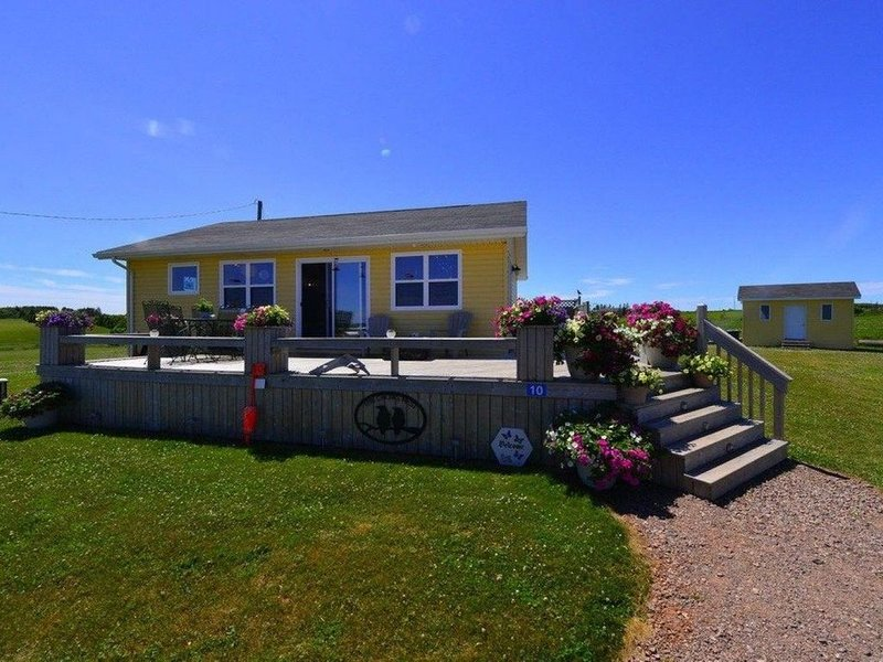'A Sandy Dream' A cozy cottage within a short walk of a fantastic beach in Seavi, vacation rental in Ellerslie