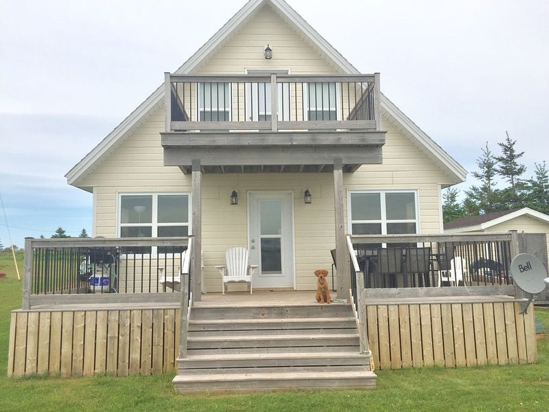 Waterfront Cottage Rental - Hardingdale Cottage, vacation rental in Ellerslie