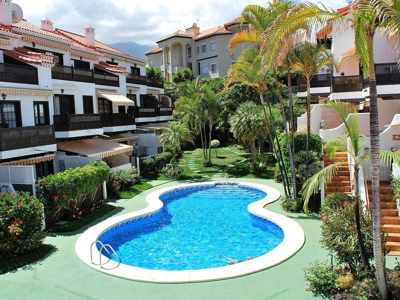 Apartment residential, separate entrance, heated pool and wifi, limited capacity – semesterbostad i Puerto de la Cruz