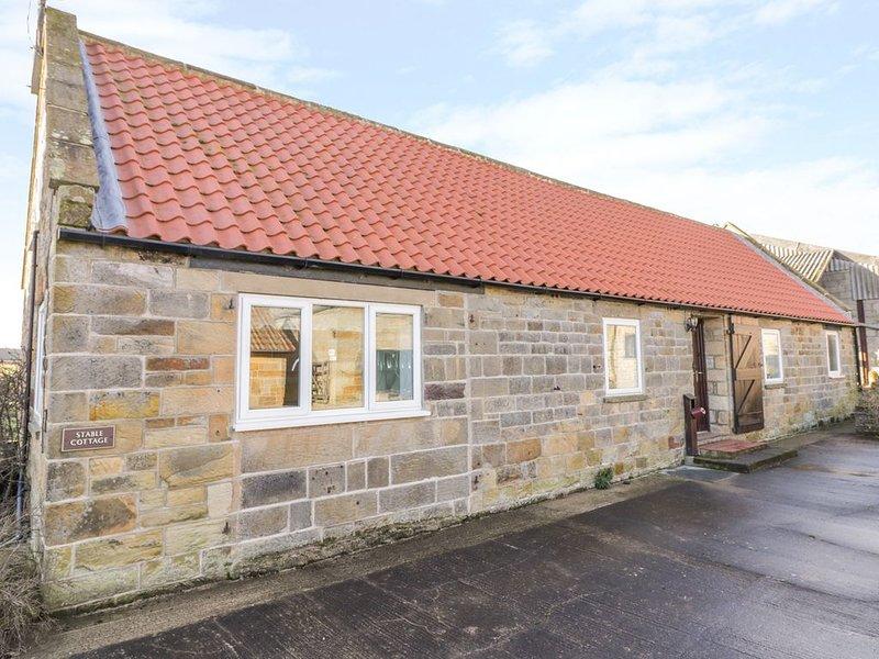 Stable Cottage, ROBIN HOOD'S BAY, holiday rental in Ravenscar