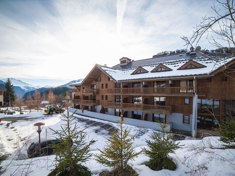 Super endroit ! Appartement duplex équipé, avec accès piscine et casiers à ski, location de vacances à Saint-Etienne-de-Cuines