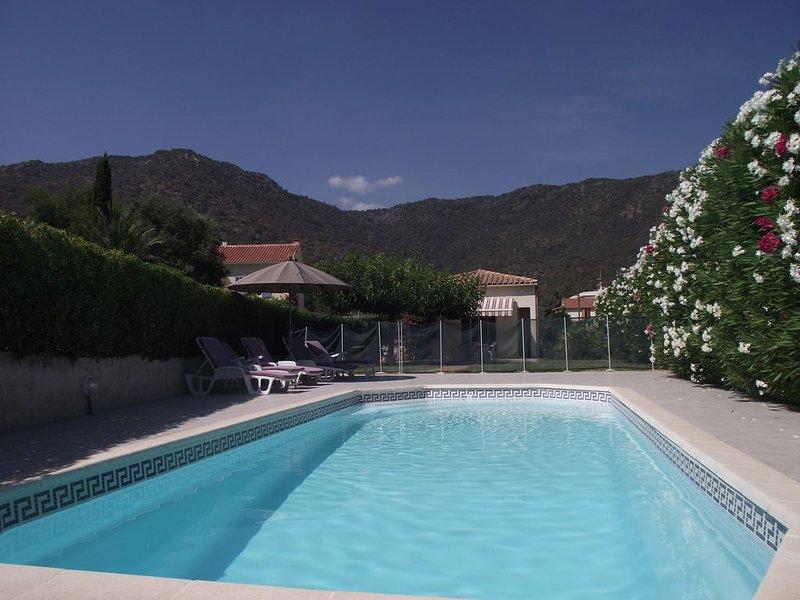 Maison partiellemenclimatisée avec piscine privée  et jardin à 300 M de la plag, alquiler vacacional en Le Lavandou