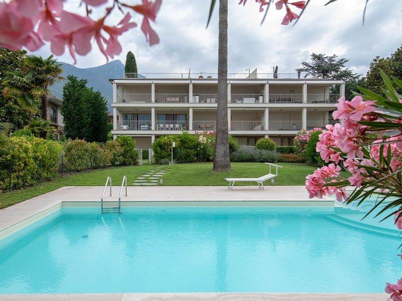 Appartamento al lago per una vacanza eco-friendly. Piscina, giardino, parcheggio, holiday rental in Toscolano-Maderno