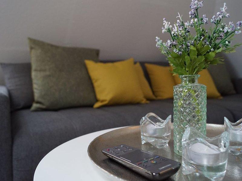 Apartment-Ensuite with Shower-Garden View-Ferienapartment, holiday rental in Sundern