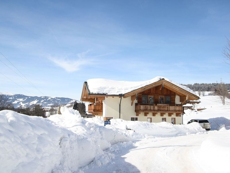 Beautiful Apartment in Maria Alm near Skiing Area, location de vacances à Maria Alm