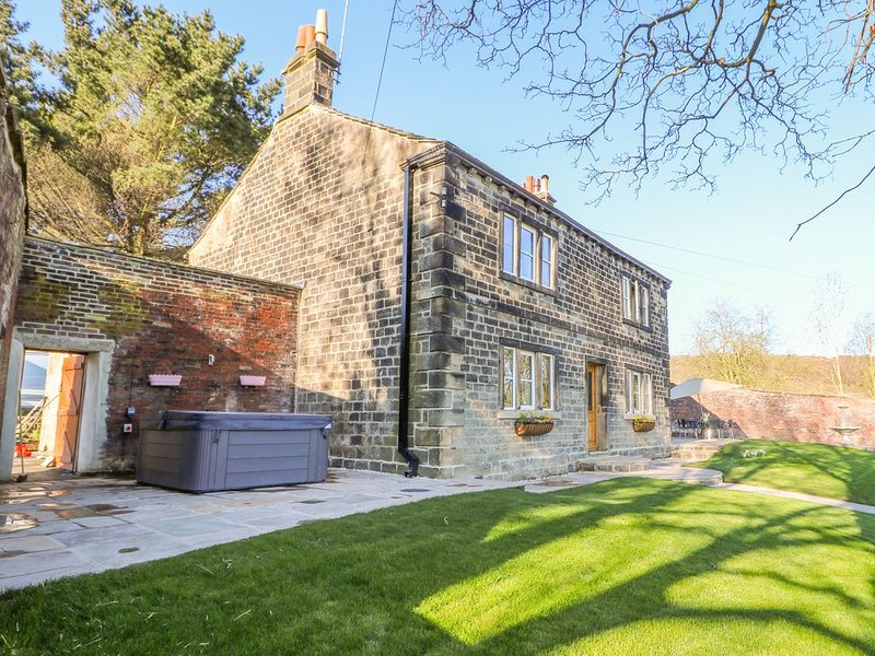Cunliffe House, ESHOLT, holiday rental in Menston