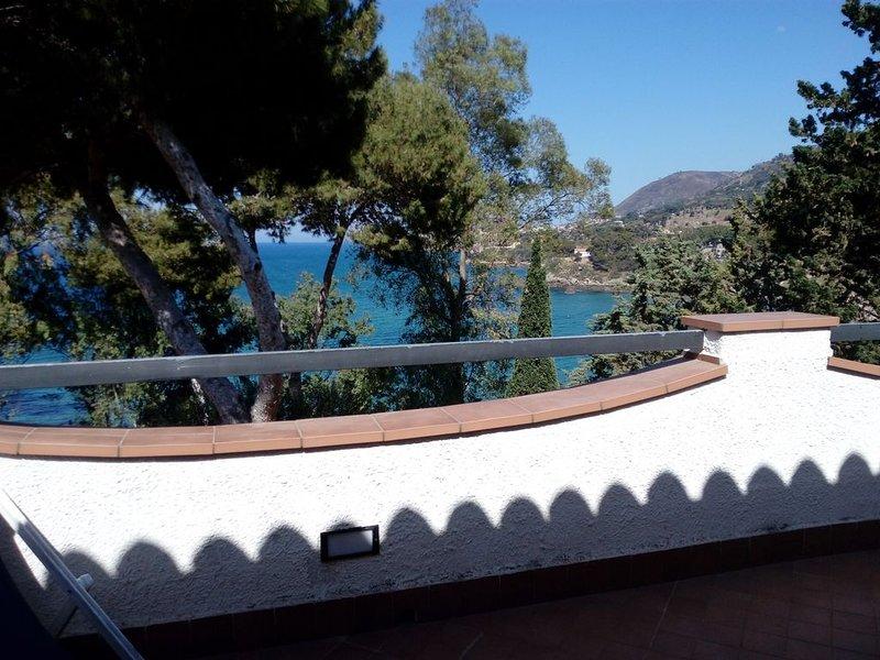 Appartamento in residence a Mazzaforno, location de vacances à Mazzaforno