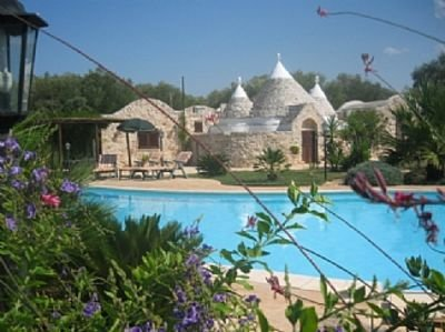 Trullo Santana With A Stunning 16 X 8 Metre Pool, vacation rental in Latiano