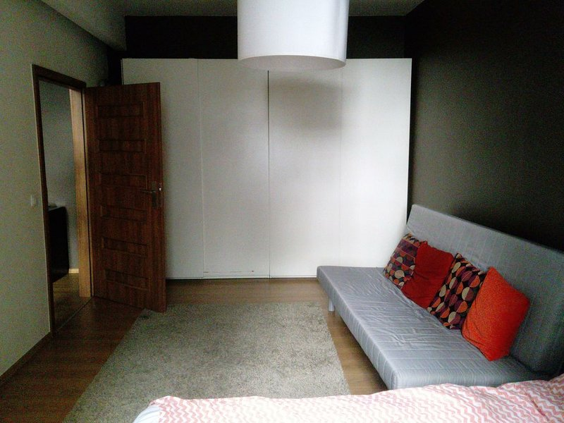 An apartment in the center of the old town, casa vacanza a Wegrzce