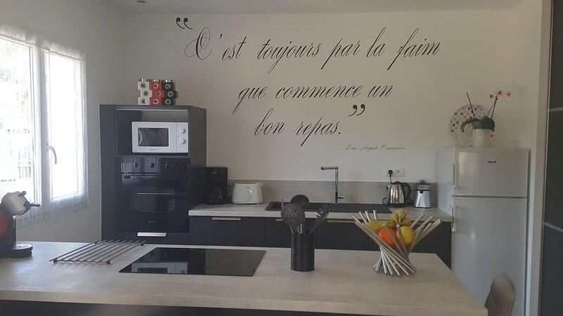 Appartement calme et confortable, location de vacances à Lecci
