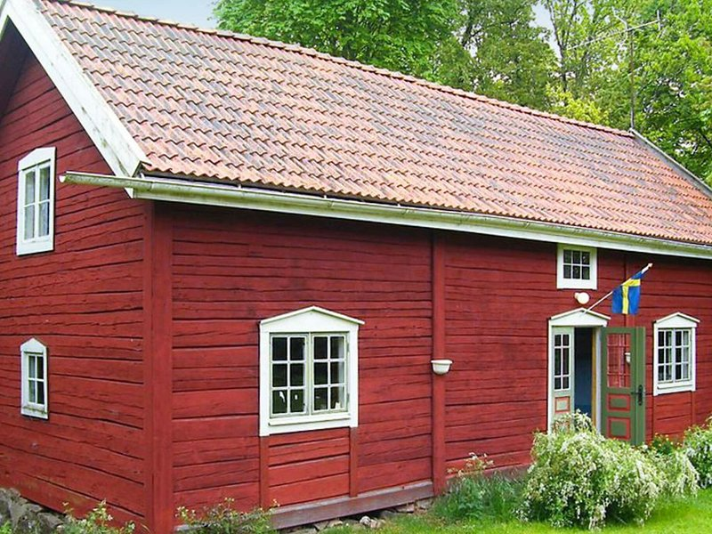 8 person holiday home in VIMMERBY, vacation rental in Jarnforsen