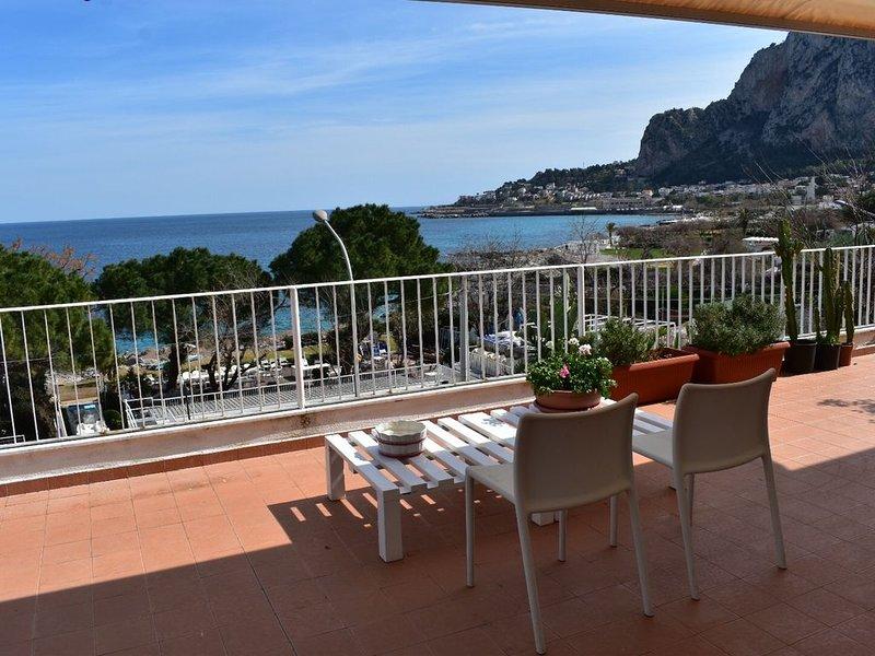 Meravigliosa Terrazza Sul Mare a Mondello, holiday rental in Alimena