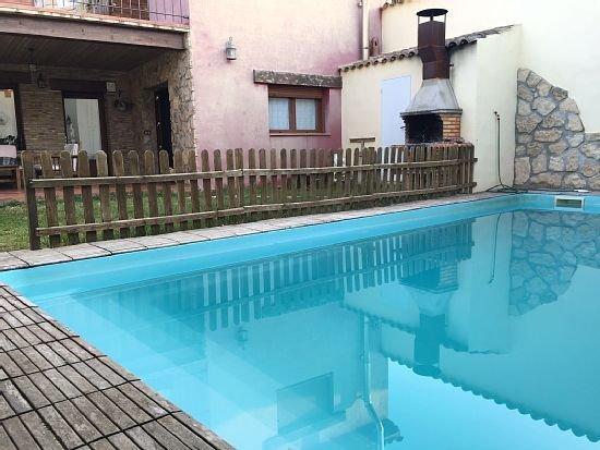 Casa Las Almenadas para 8 personas ampliable a 10, holiday rental in Salillas