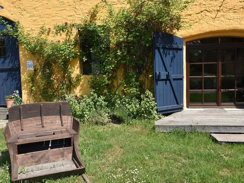 Spacious Apartment in Buschenhagen with Sauna, holiday rental in Klausdorf