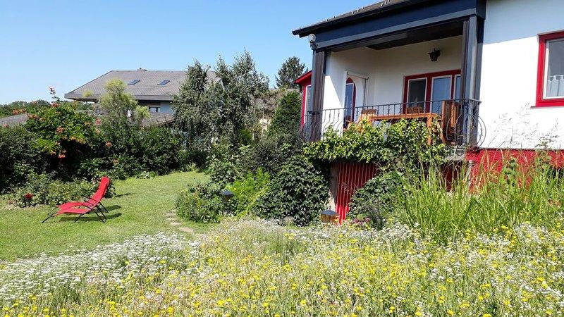 Haus am Hügel - Ihr Ferienhaus in Purbach am Neusiedlersee, holiday rental in Trausdorf an der Wulka