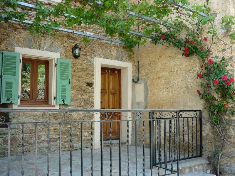 Maison de village authentique, location de vacances à Castello-di-Rostino