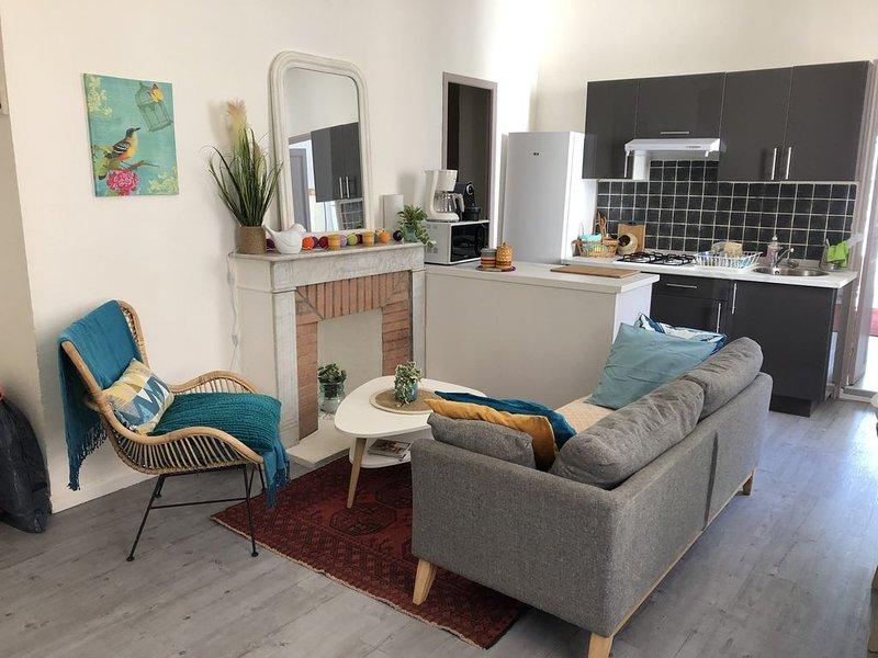Appartement calme et cosy. Refait à neuf. Hyper centre Bastia, casa vacanza a Ville-di-Pietrabugno