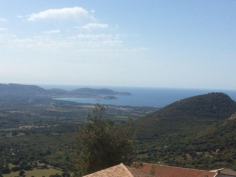 Appartement dans village de Balagne à 9 km au-dessus de la baie de Calvi, location de vacances à Zilia