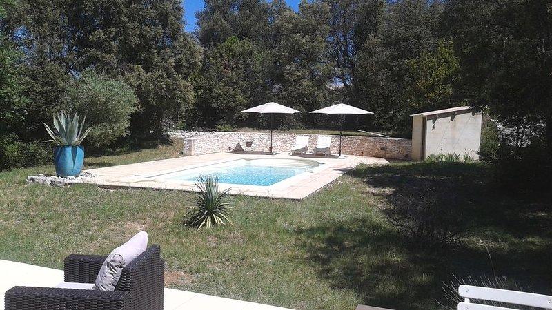 Villa à Orgnac l'Aven piscine privée et belle vue dominante sur Cévennes, location de vacances à Montclus