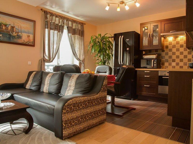 TOP Location,Beautiful,Spacious,Security Apartment,2BR,80M²,Le Marais Saint-Paul, holiday rental in Paris