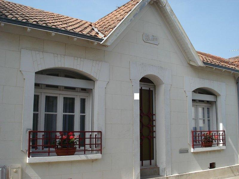Agréable maison de vacances 4/5 p. idéalement située, moins de 100 m de la plage, holiday rental in Saint Vivien
