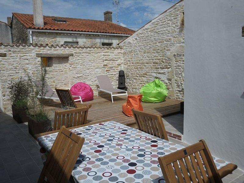 Maison sur l'île d'Oléron pleine de charme pour 5 personnes., casa vacanza a Le Chateau d'Oleron