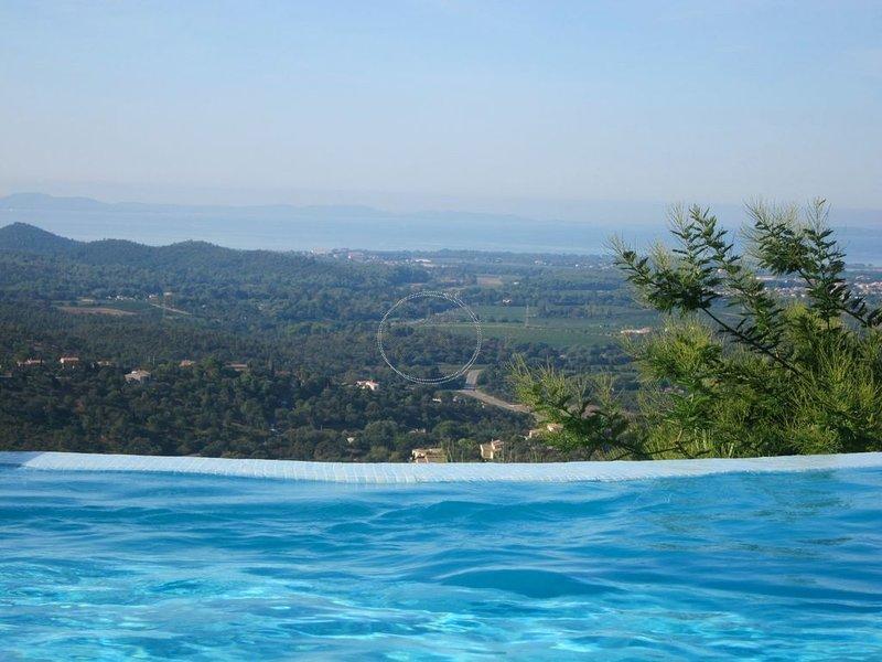 Belle et grande villa Luxueuse - Vue panoramique mer - Golf de Valcros, casa vacanza a La Londe Les Maures