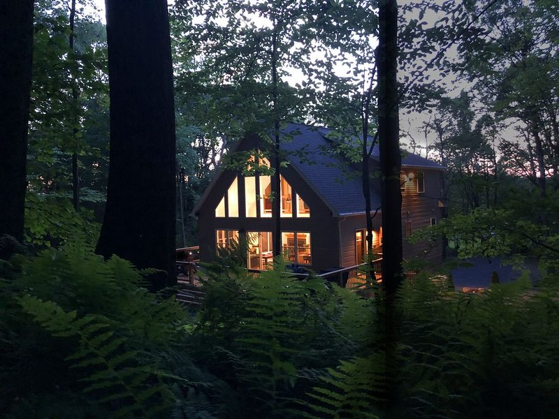 Adventure awaits right out the back door, Discover tranquility in PA woodlands, holiday rental in Catawissa