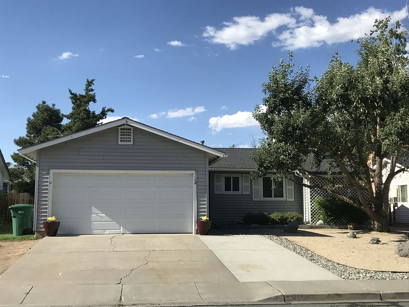 Nicely Remodeled Home in Sparks, NV (Reno/Tahoe Area), location de vacances à Sparks