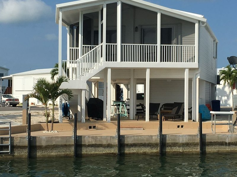 Island Retreat With  35 Foot  Dock, holiday rental in Cudjoe Key